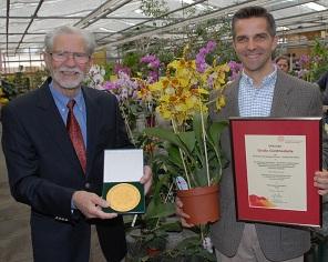 . Sieger bei der BUGA 2011 (Bundesgartenschau in Koblenz): 13 x Gold, 16 x Sil